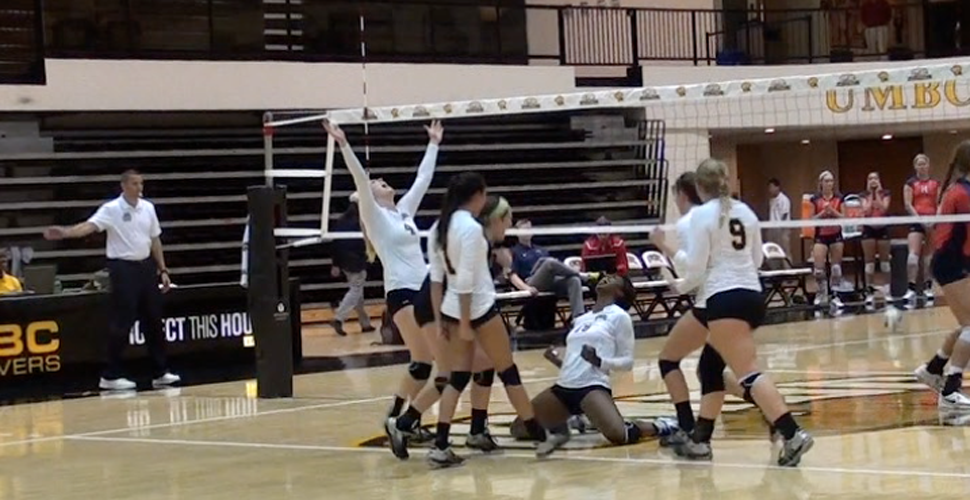 Volleyball Opens 2014 With Two Straight-Set Victories
