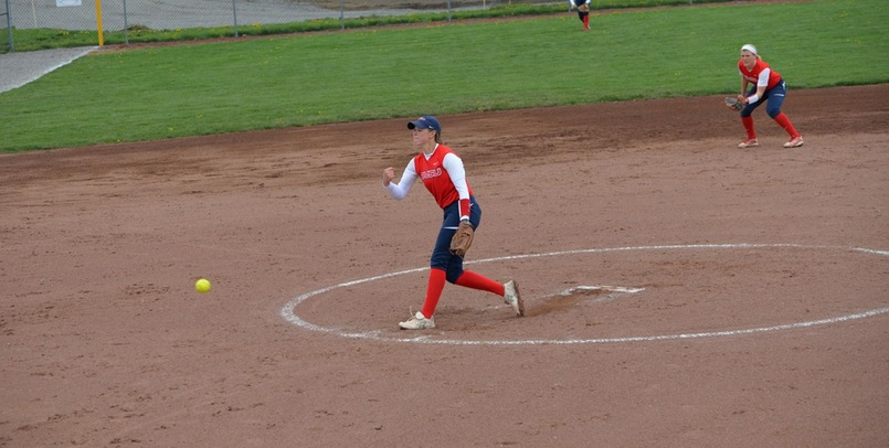 SVSU Softball Earns Regional Split at Illinois-Springfield