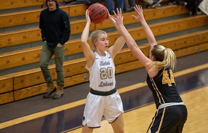 Anderson's Late Heroics Lift Women's Basketball Past Regionally-Ranked SNHU, 76-68