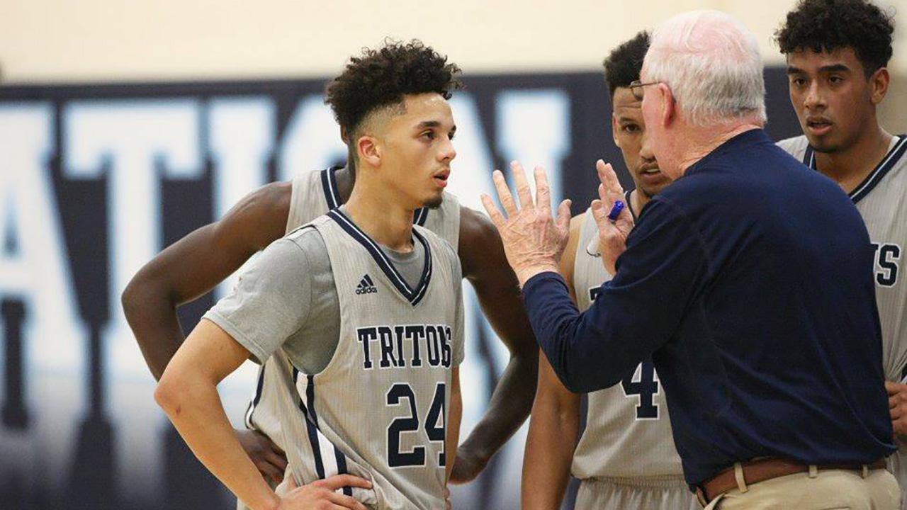 Tritons sweep at Great Western Shootout