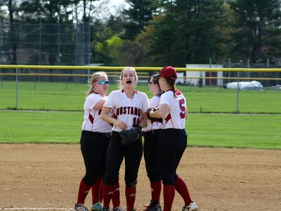 Softball: Mustangs Can't Erase 8-run deficit