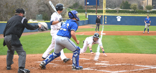 Baseball splits doubleheader versus LeTourneau University; Dallas loses Game 1, 8-5; Bossert's two-hitter helps Crusaders claim Game 2, 9-0