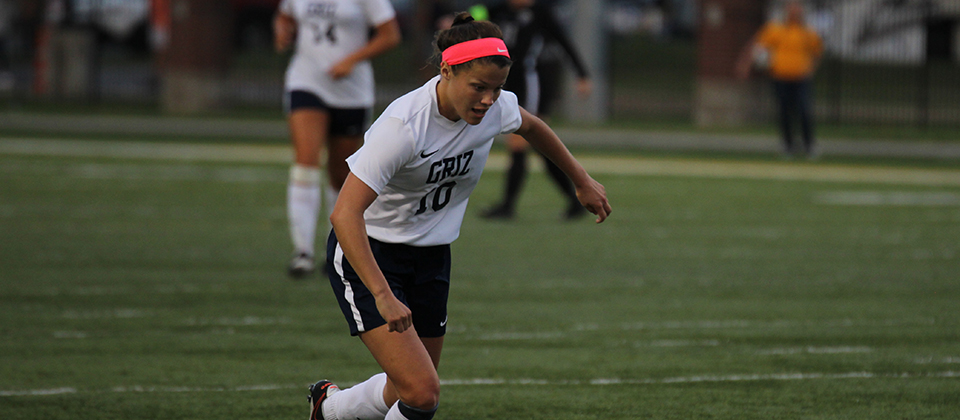 Maddie Fleet Collects HCAC Offensive Player of the Week Honors