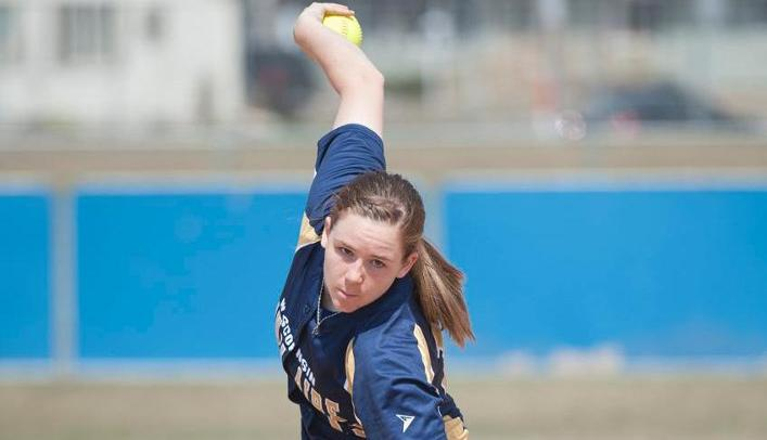 Softball Splits on Third Day in Tucson