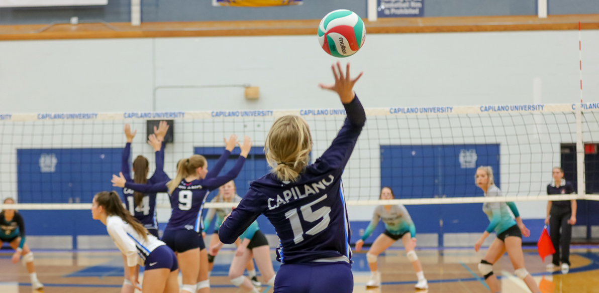 Capilano's first-year setter Kelsey Towers. Photo Paul Yates / Vancouver Sports Pictures