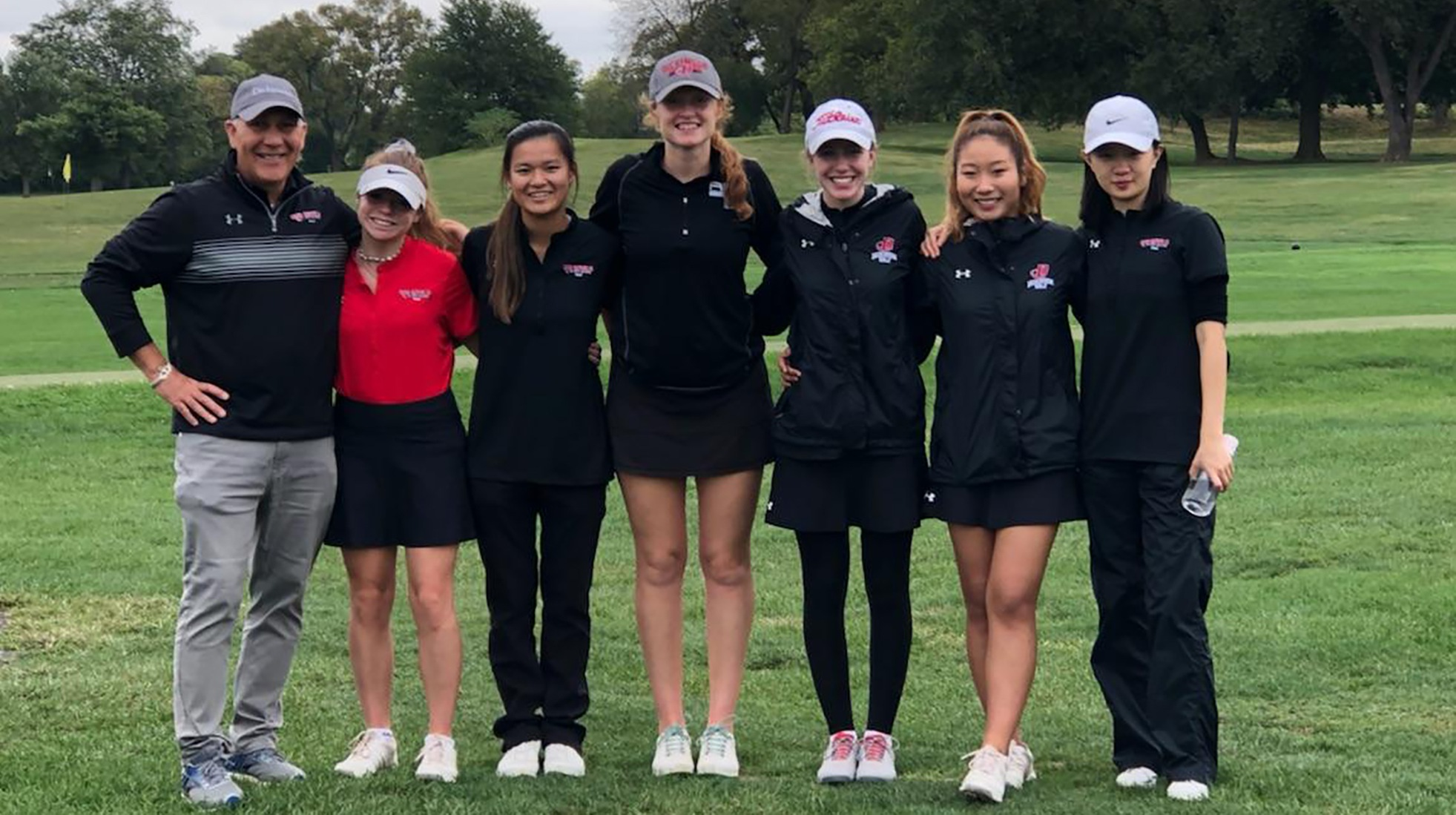 Women's Golf Combines for School Record Round