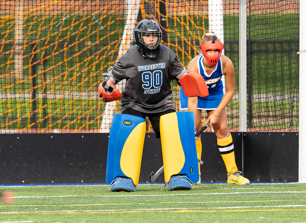 Field Hockey Shuts Out Plymouth State