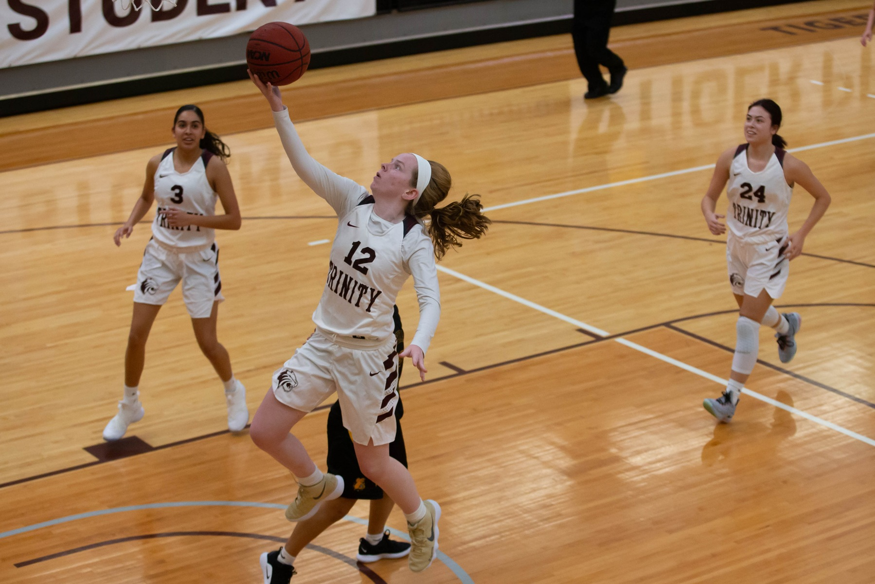 Trinity Blasts Texas Lutheran in Fifth Straight Victory
