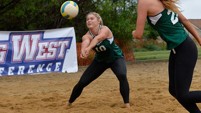 BEACH VOLLEYBALL CONCLUDES TOURNAMENT WITH LOSS TO WASHINGTON