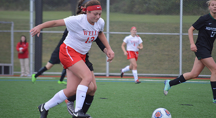 Jones Scores Late-Game Winner For Women's Soccer