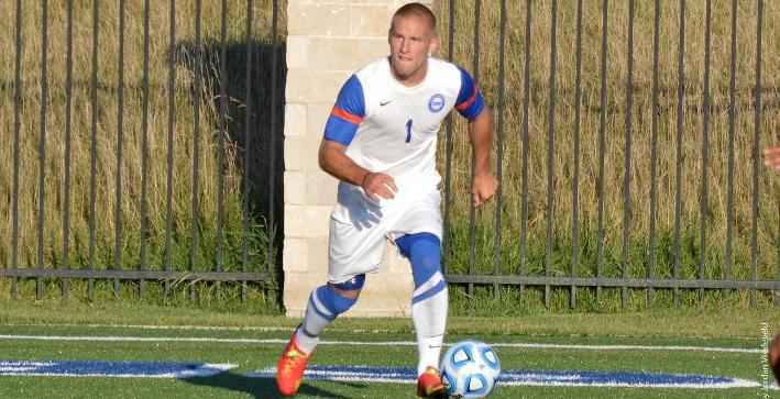 Fast start not enough for Men's Soccer against Benedictine