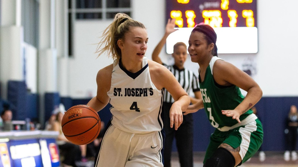 Women's Basketball Moves to 3-0 in League Play with Win at Mount Saint Vincent