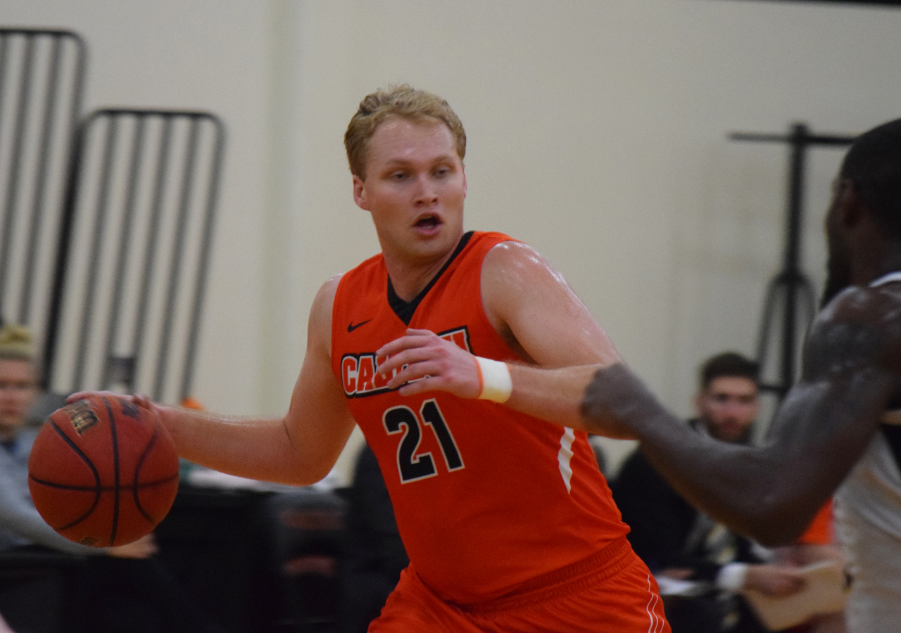 LeBaron Fronts Beavers at Lewis & Clark
