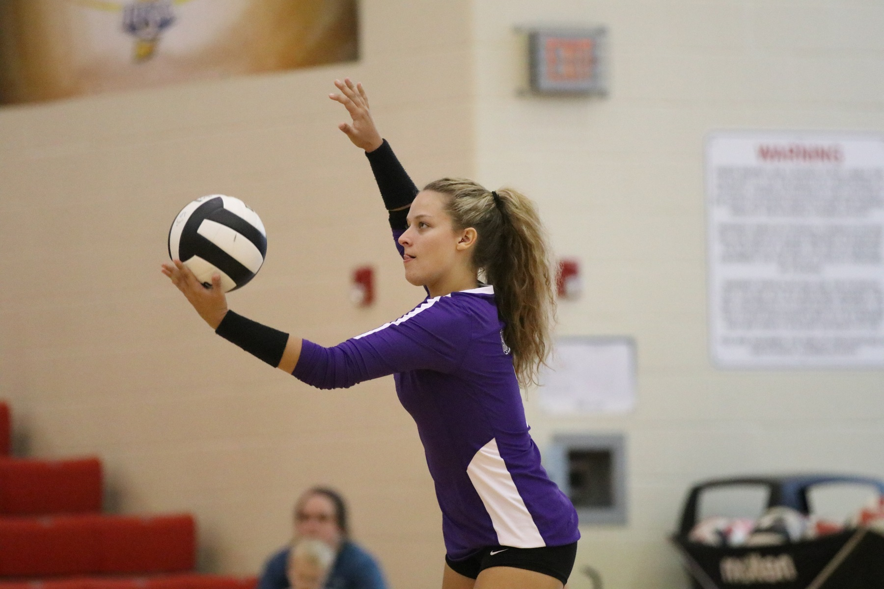 Volleyball Falls to Noblesville