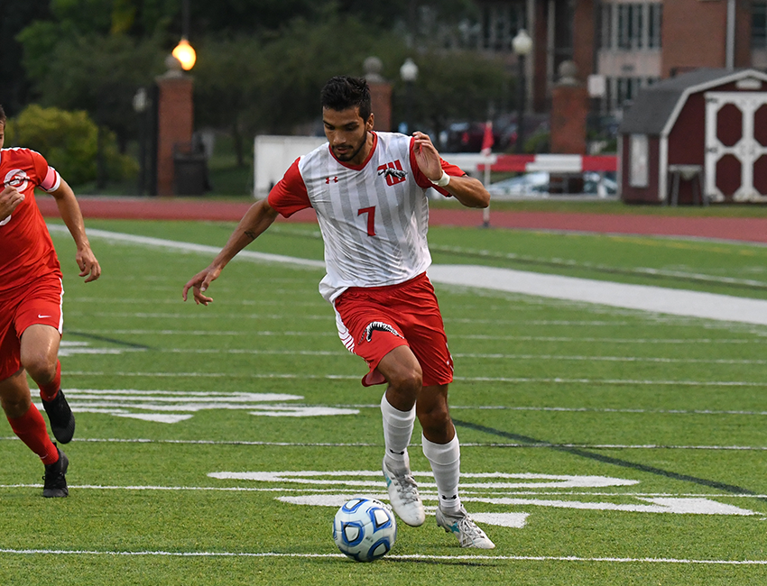 Senior Alberto Zaragoza scored his league-leading 11th goal of the season in a narrow 3-2 loss against Wabash