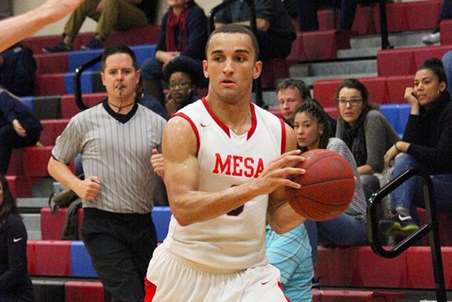 Mesa's Michael Vos-Otin scored a team high 19 points and pulled down 10 rebounds in Mesa's win over Eastern Arizona Saturday afternoon. (photo by Aaron Webster)