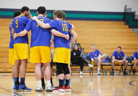JWU OUTLASTS MEN'S VOLLEYBALL IN FIVE-SET THRILLER