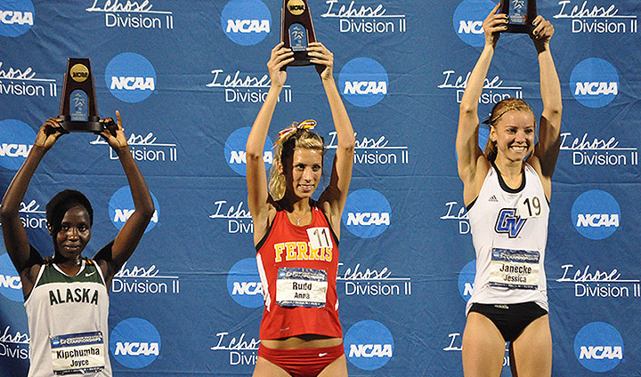Ferris State's Anna Rudd Earns All-America Honors In 10,000 Meters On Day One At NCAA-II Championships