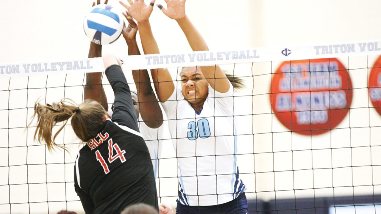 Tritons coast in opener