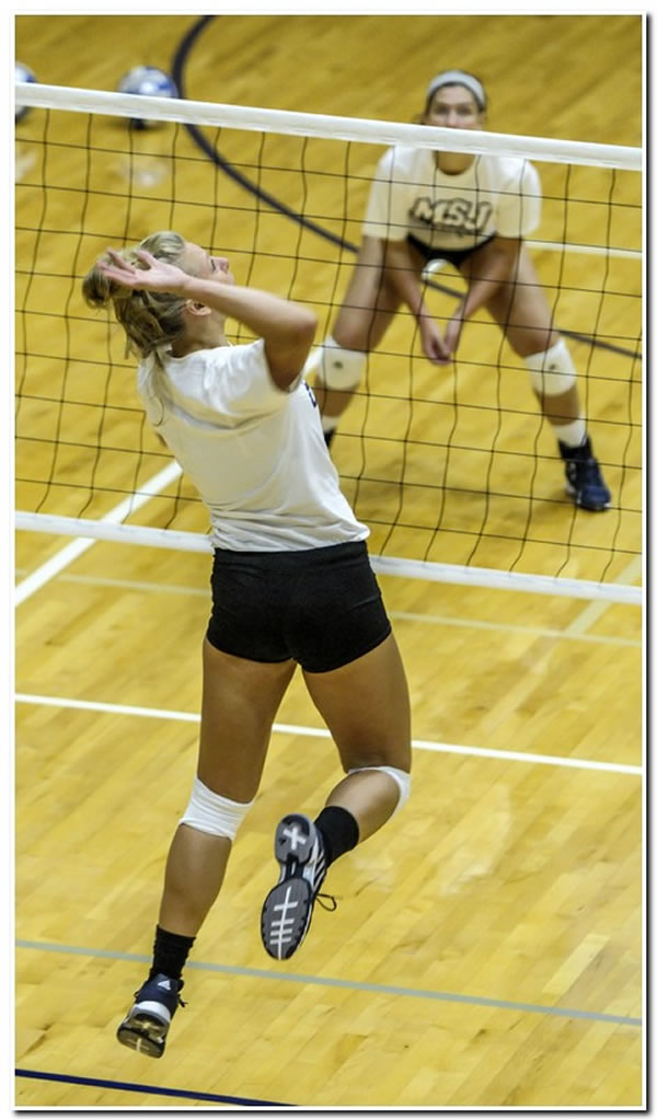 Mount women's volleyball team completes play in the two-day HCAC/OAC Challenge