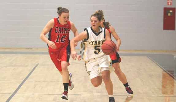 Urquhart's double-double lifts Bishops to 67-57 win over Hornets