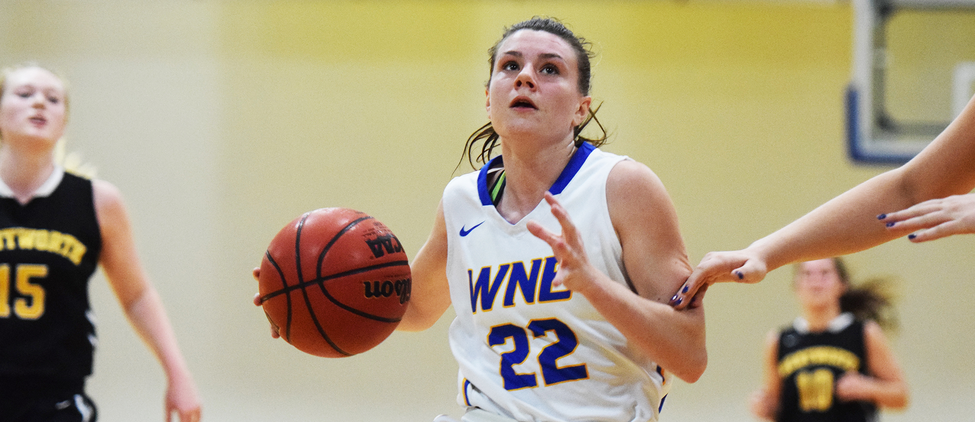 Sophomore guard Emily Farrell recorded 16 points, five assists, four steals and three rebounds in Western New England's 83-57 win over Wentworth on Tuesday night (Photo by Rachael Margossian).