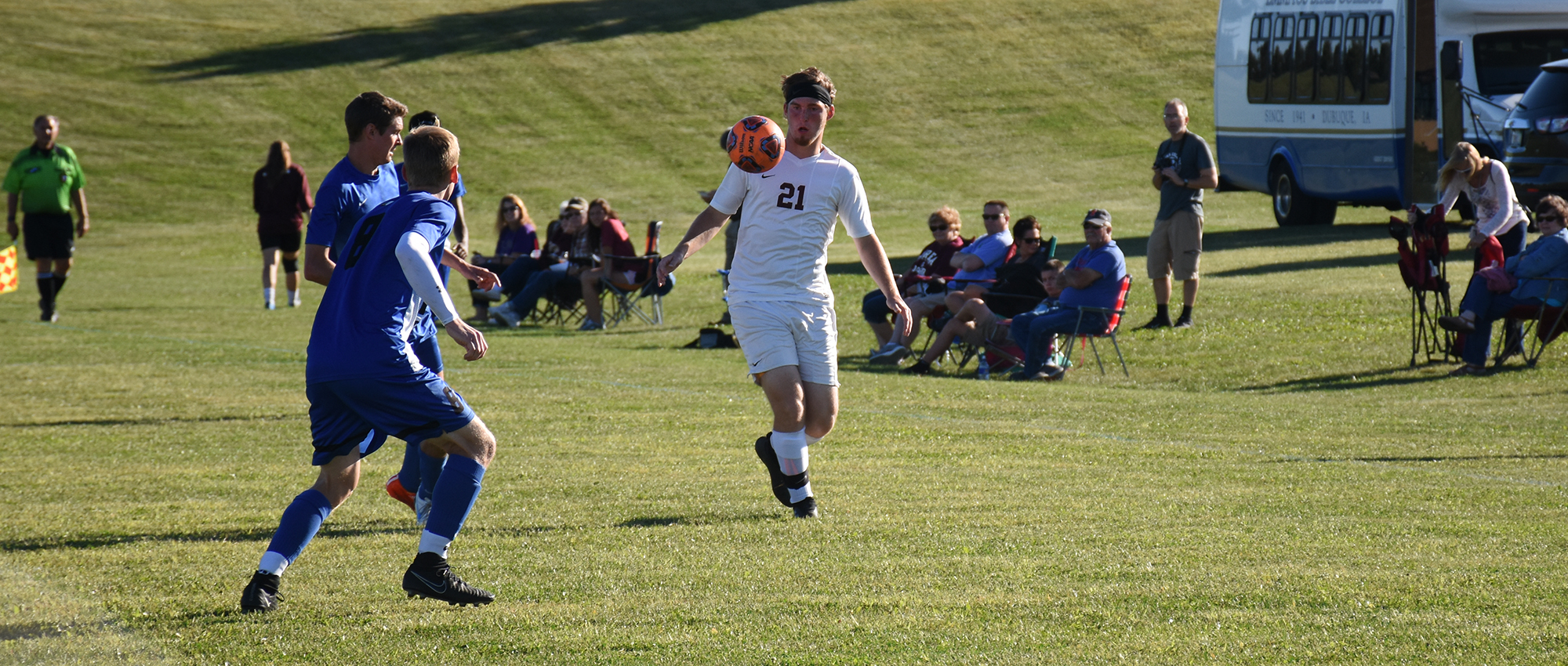 Red Devils Fall at MacMurray, 5-1