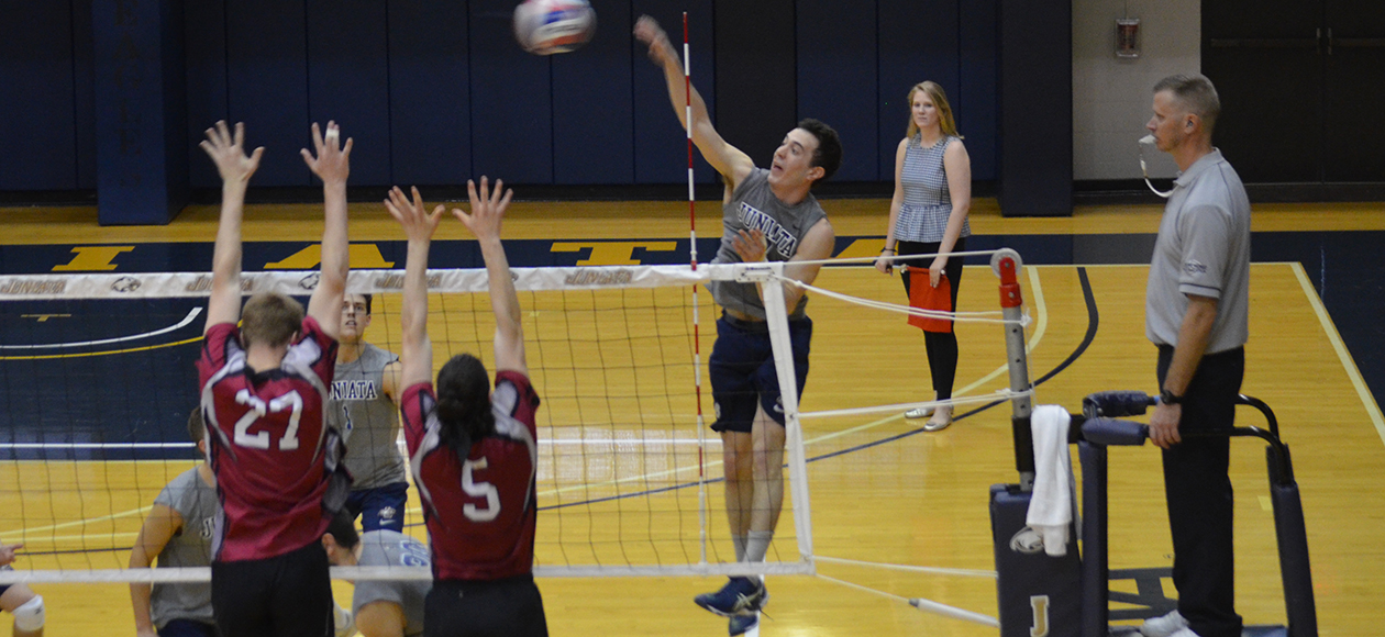 Matt Vasinko had 10 kills and hit .364 against Vassar.