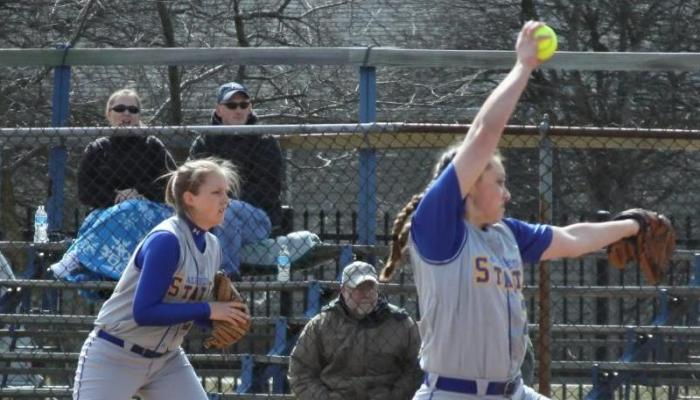 Lady Pioneers Stung by Hornets