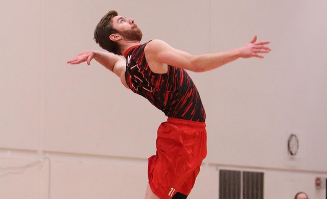 Boyk Paces #14 Men's Volleyball's Sweep at Fontbonne