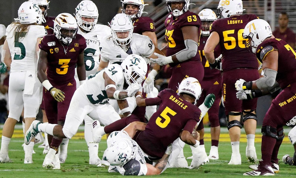 FOOTBALL BATTLES ARIZONA STATE IN 19-7 LOSS