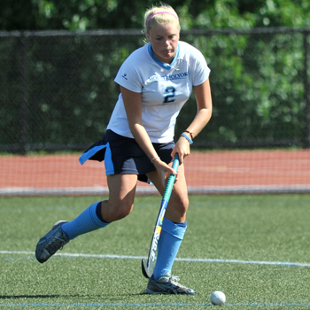 Field Hockey Overpowers Westfield State Behind Robertson and Kilburn