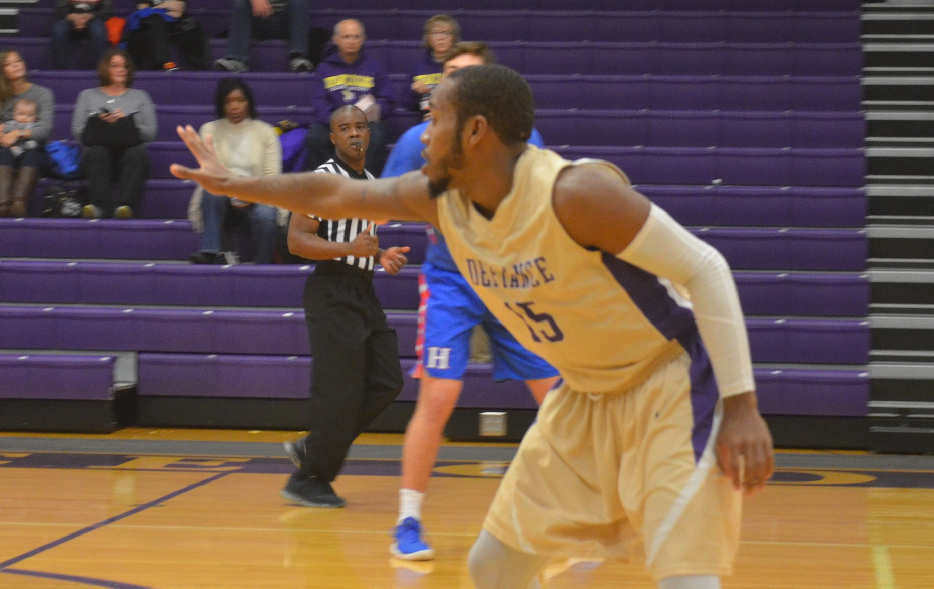 Comeback Effort Falls Short as Defiance Men Fall to Earlham