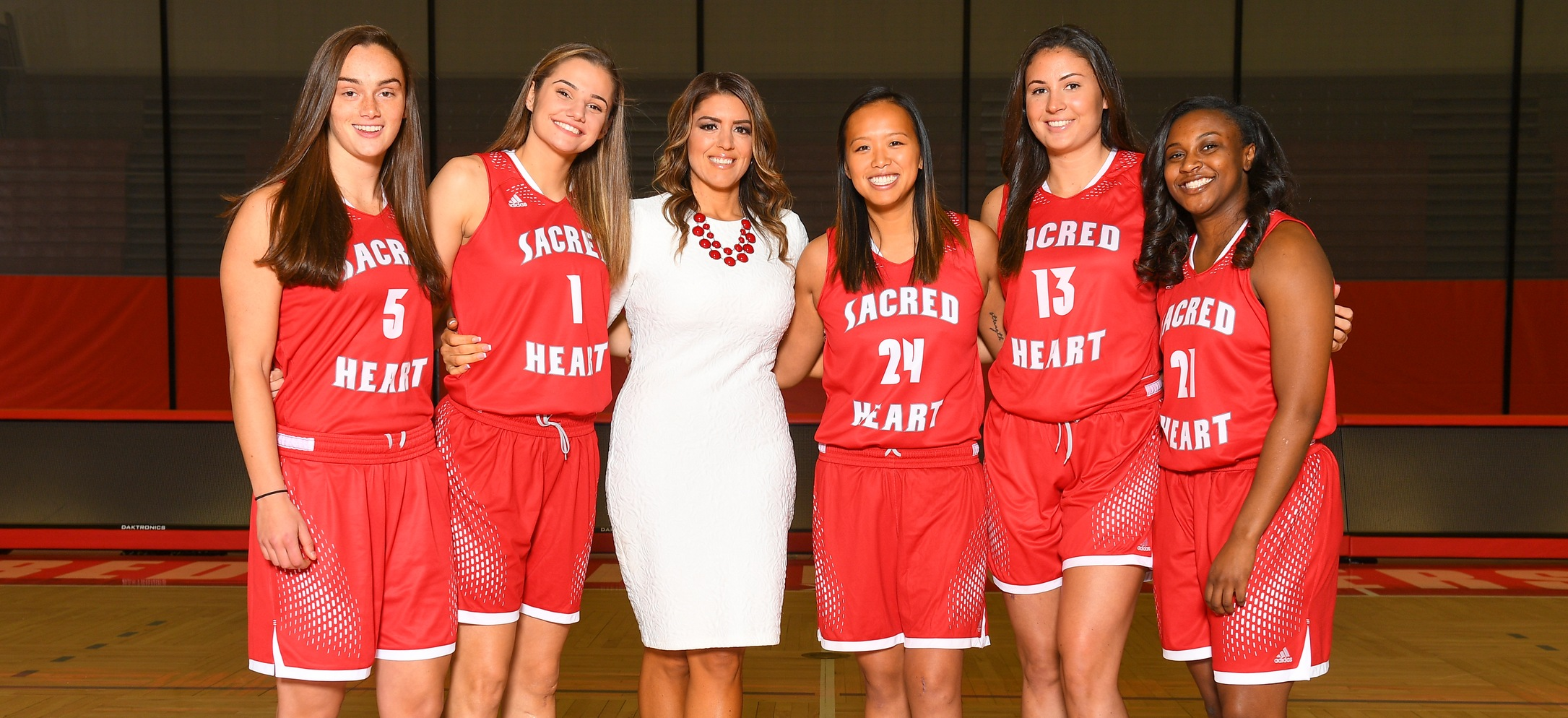 Women's Basketball Celebrates Senior Day on Saturday in Crucial Matchup Against St. Francis U