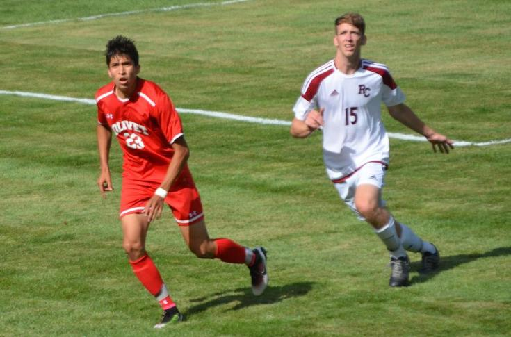 Men's soccer team suffers 3-2 loss to Rochester in season-opener