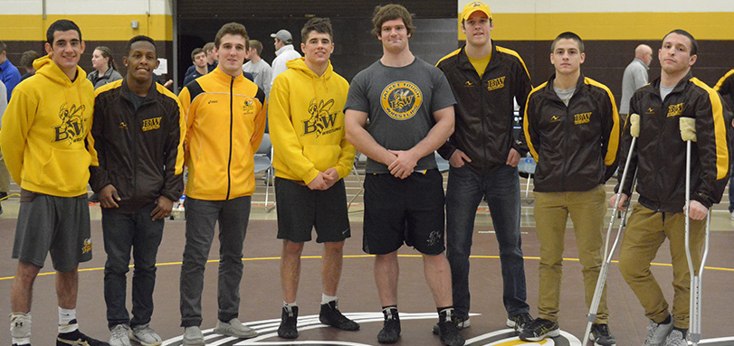 No. 9  Wrestling Team Finishes 2nd at 31st Annual John Summa Invitational on Seniors' and Parents' Day