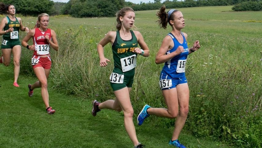 Women Take Four of Top Five to Beat Hartwick