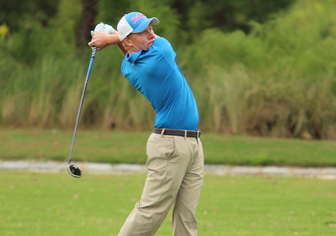 Men's golf moves into tie for fourth through Day 2 of CAC Championship