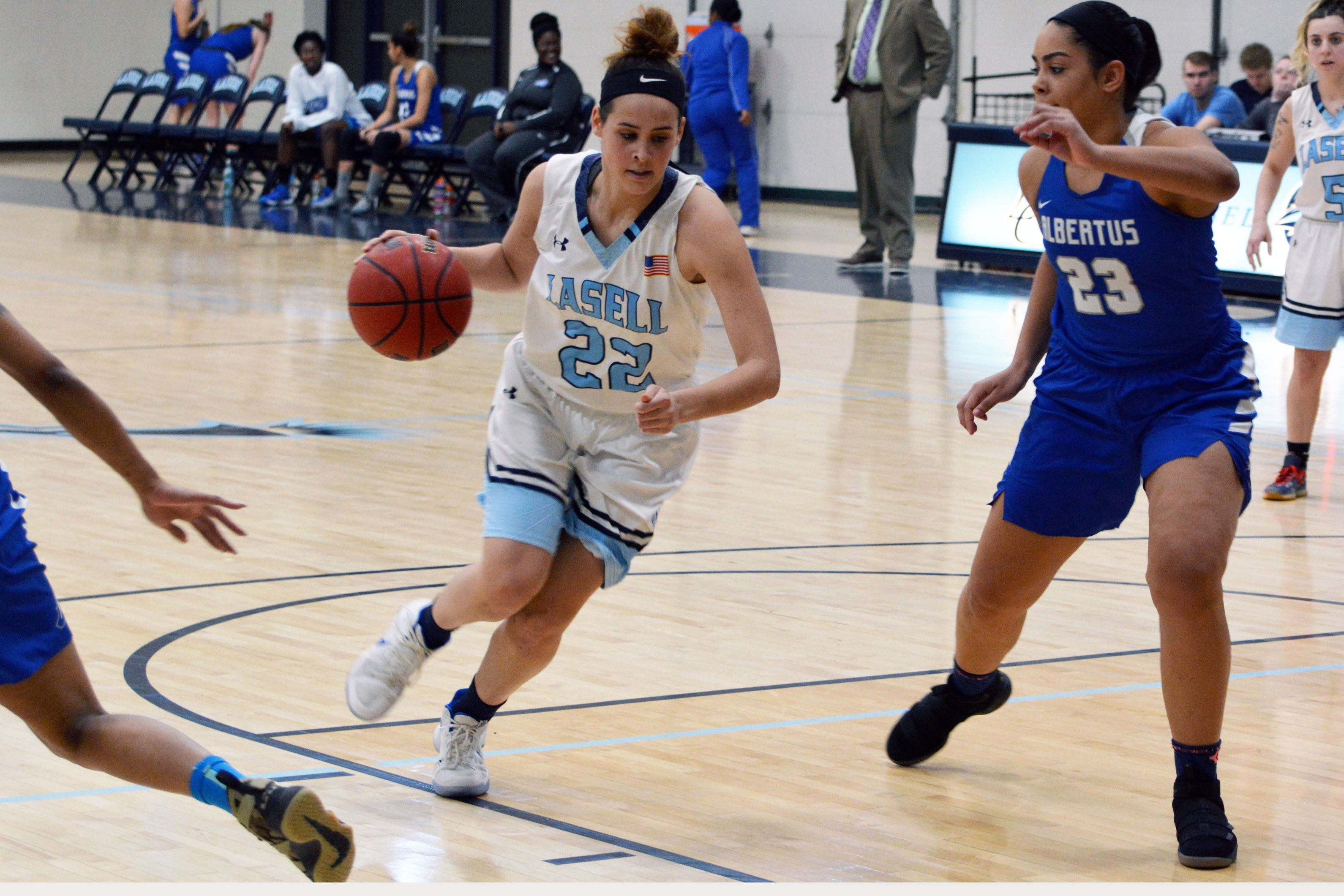 Lasell Women's Basketball falls to Albertus Magnus
