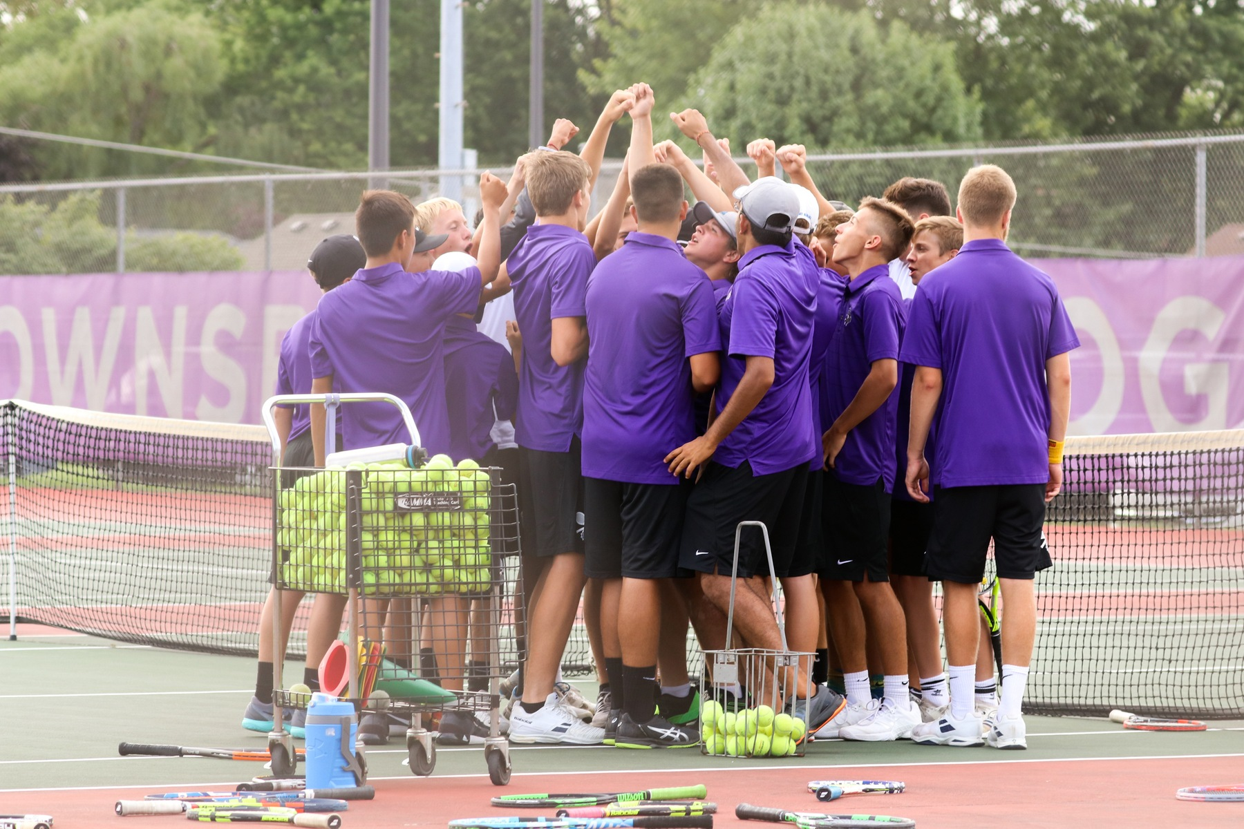 Boys' Tennis Falls to Millers