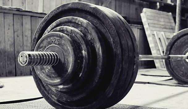 Eight Members of the Weightlifting Team Reach Personal Bests