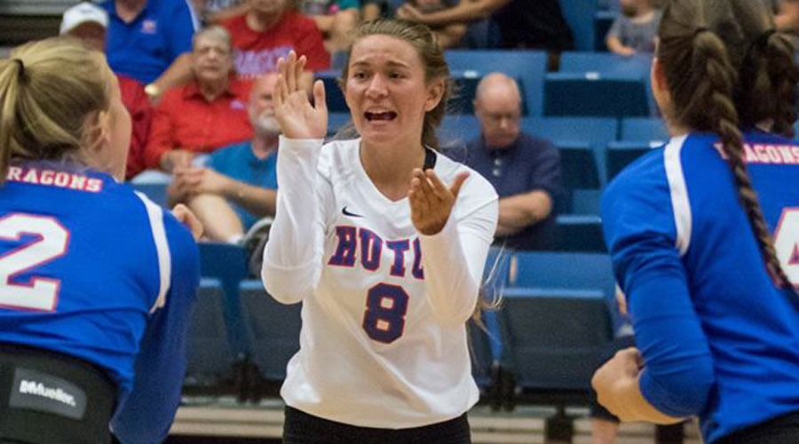 Freshman libero Raychel Reed tallied 31 digs in a four-set Blue Dragon victory over Butler on Monday in El Dorado. (Allie Schweizer/Blue Dragon Sports Information)