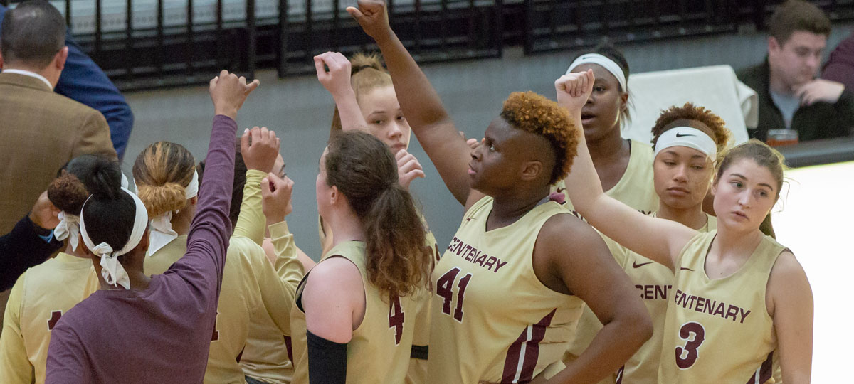 Women's Basketball Claims First Win Of Season