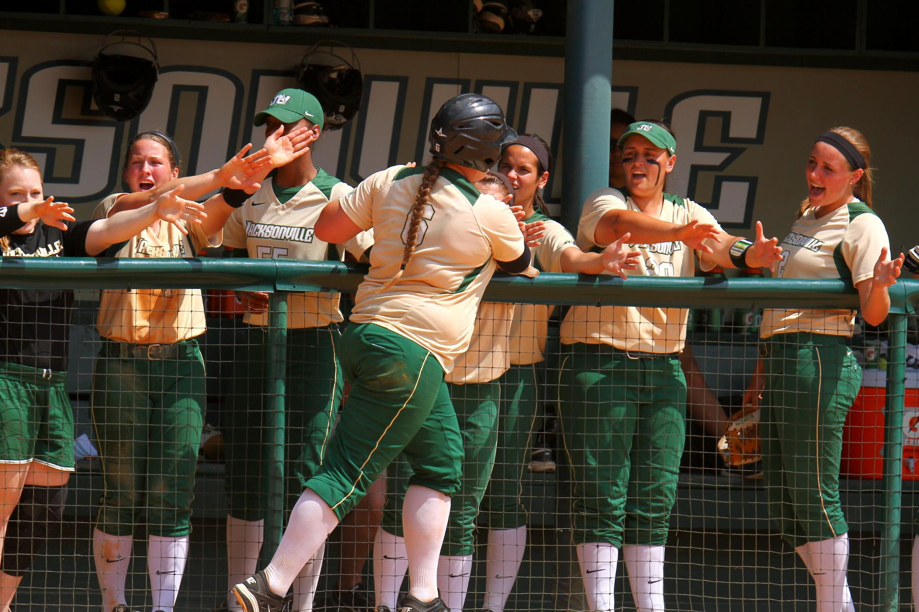 Dolphins Take Back-to-Back Conference Sweeps at Stetson