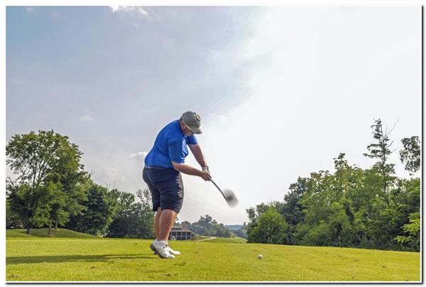 Mount men's golf team in action at the Illinois Wesleyan University Invitational