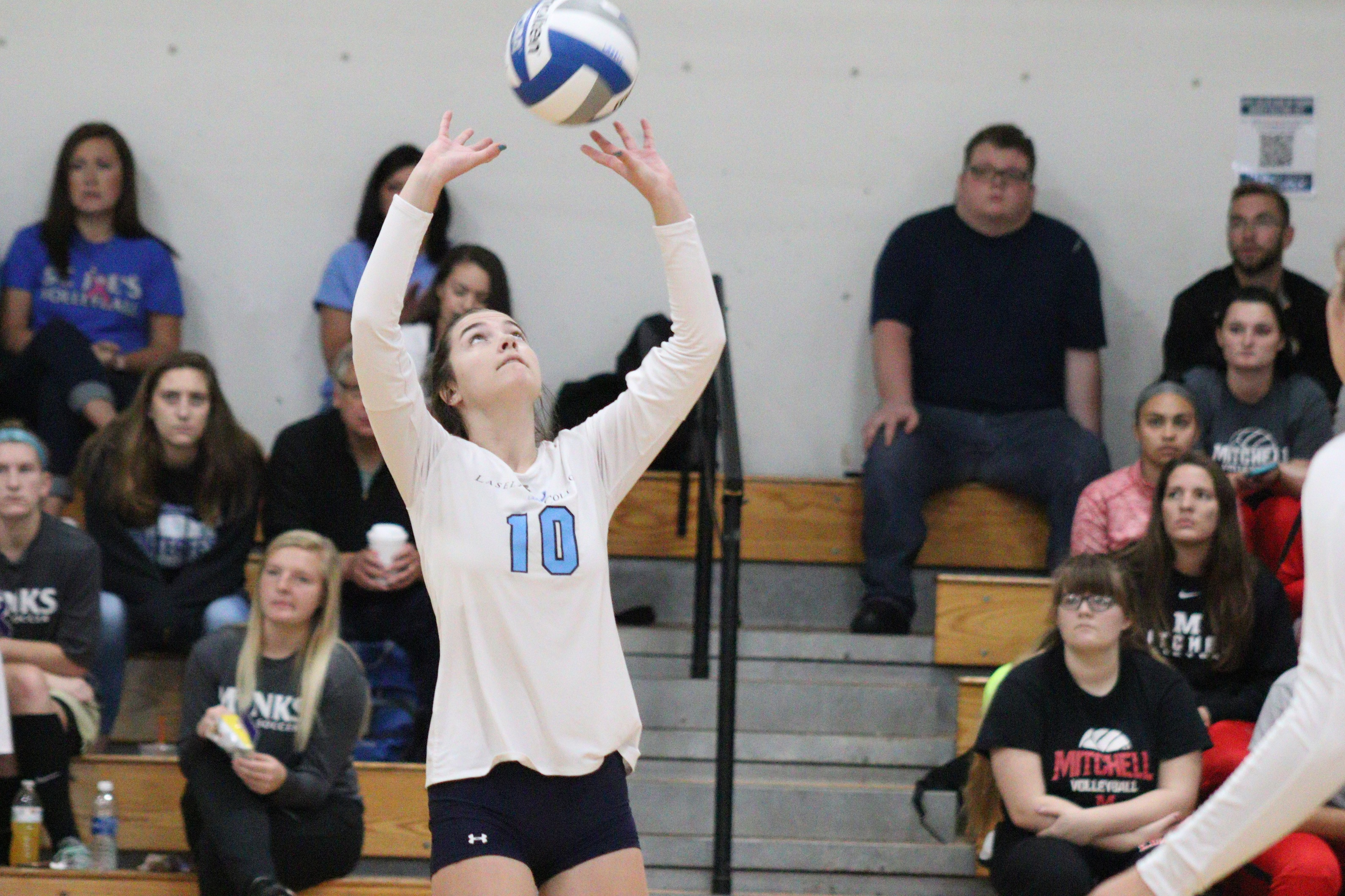 Lasell Women's Volleyball drops two at Western Conn. Tournament