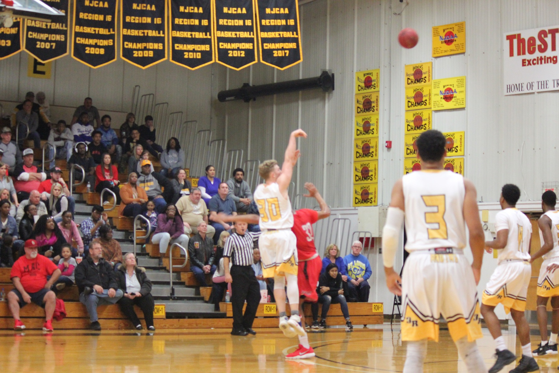 Raiders fall short at buzzer