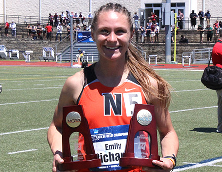 Junior Emily Richards claims 800-meter run and 1,500-meter run titles on final day of 2017 NCAA Div. III Outdoor Track & Field Championships
