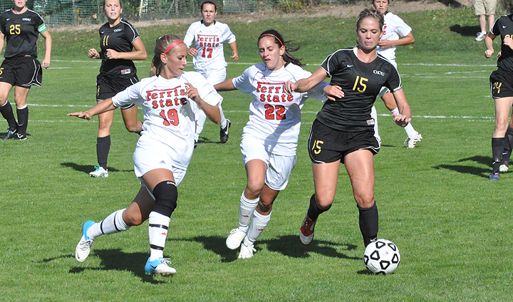 Women's Soccer Registers League Road Win At Tiffin