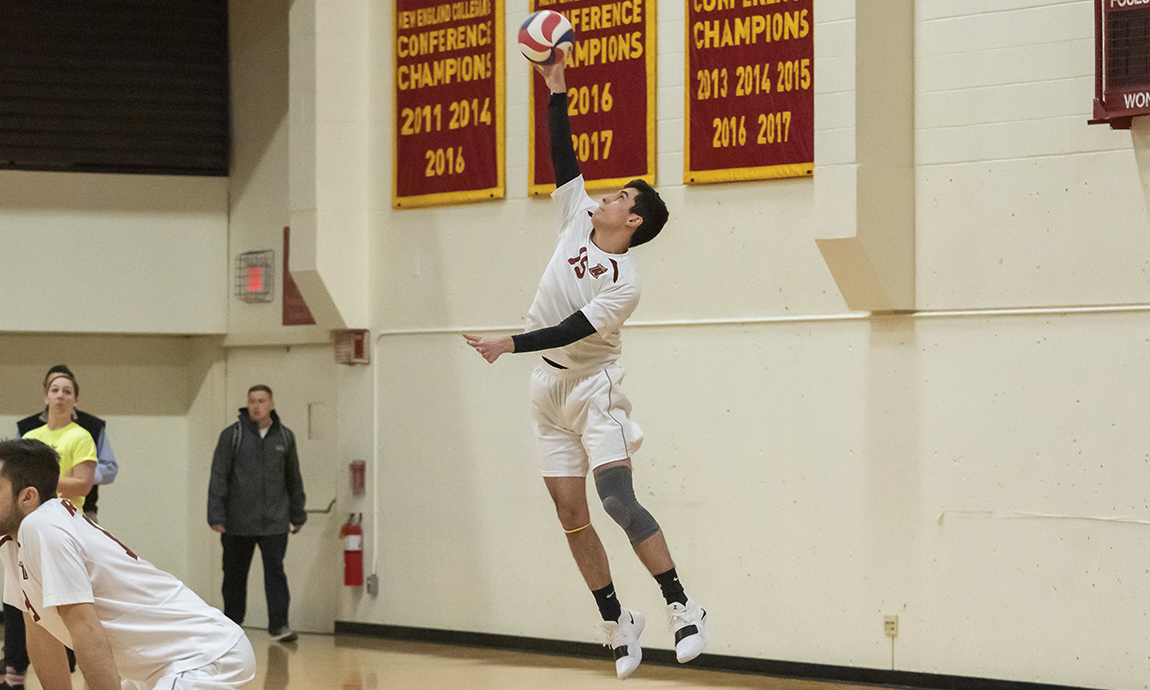 Regis Men's Volleyball Gets Back in Win Column